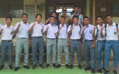 Hari Pertama Barito U16 Bersekolah